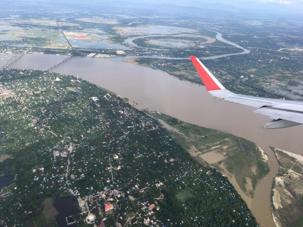ミャンマー1日目 バンコクから飛行機でマンダレーへ。