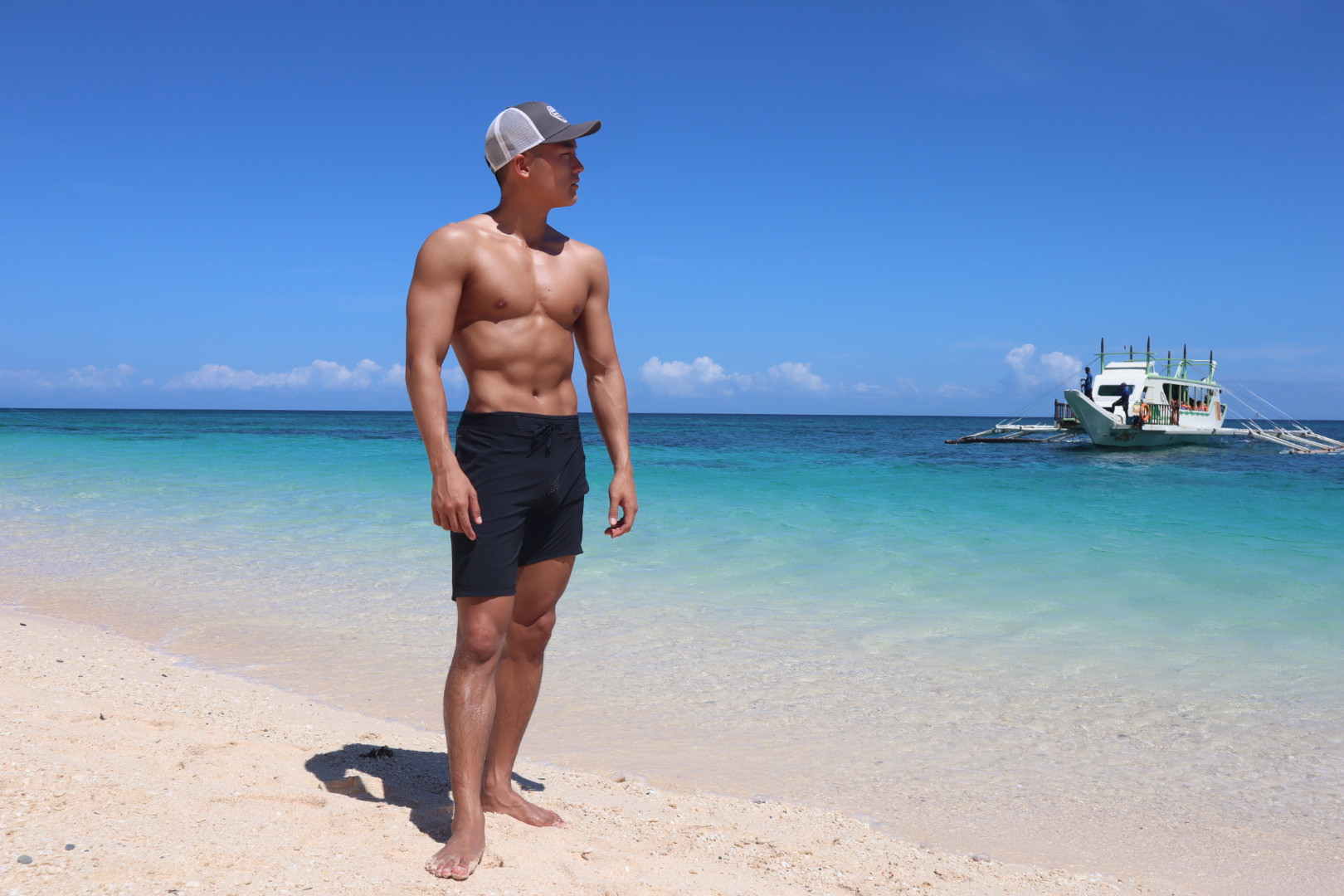 【減量41日目】フィリピンのボラカイ島のローカルジムでトレーニング